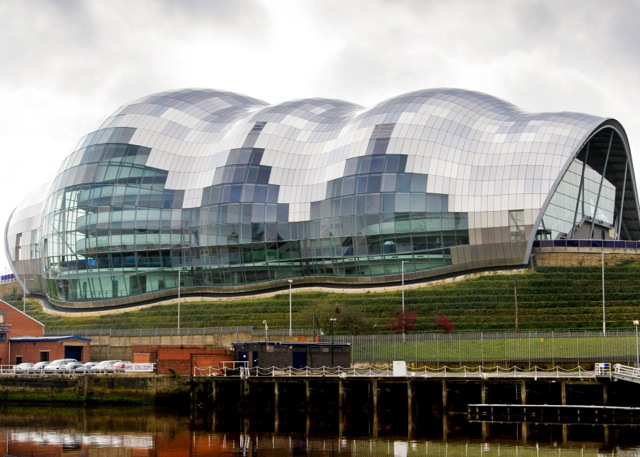the-sage-gateshead-reflection-quayside