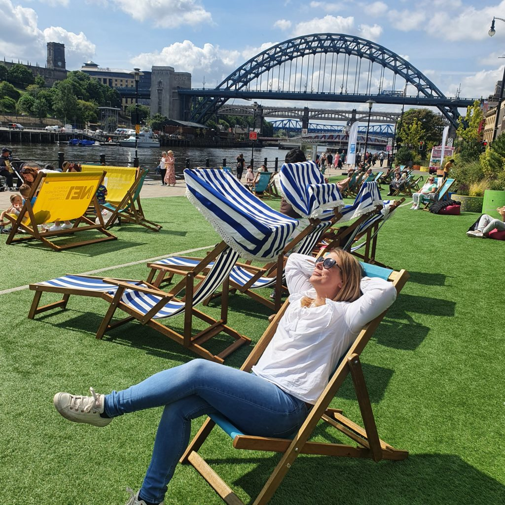 Tyne Bridge, deckchairs, place to cill out