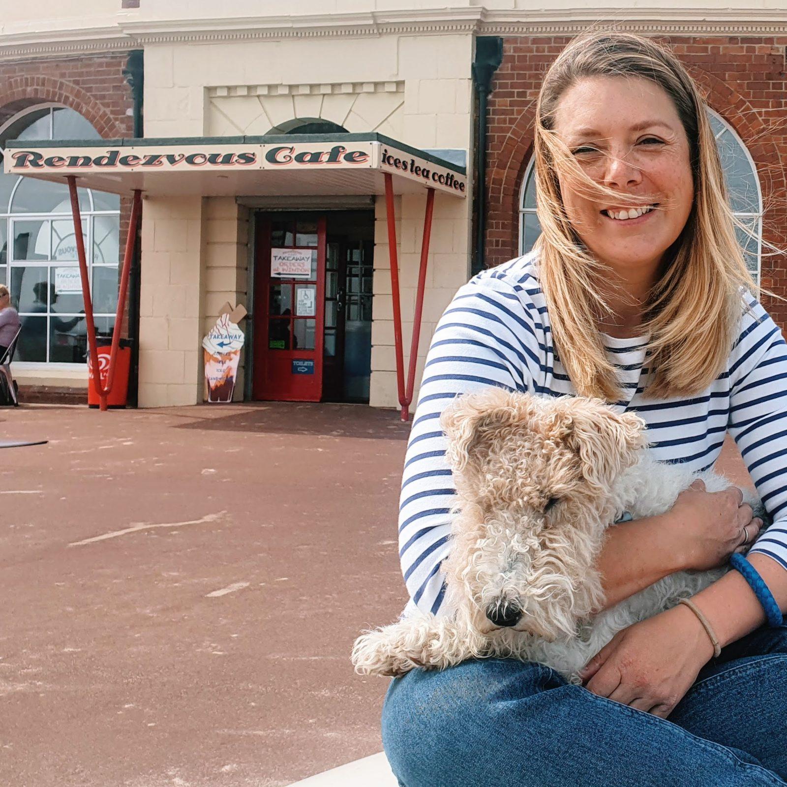 rendezvous cafe fox terrier